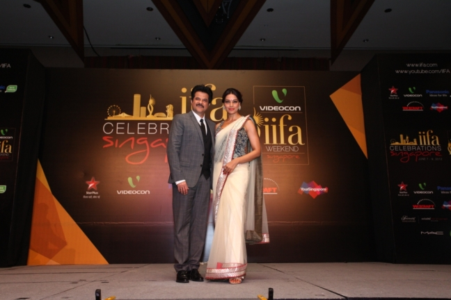 2012 IIFA Awards Hot Images