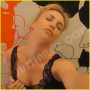 watch-charlize-theron-sex
