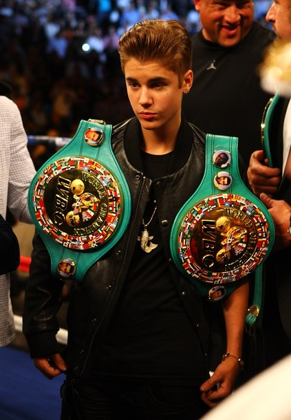 Justin Bieber at WBA super welterweight title fight