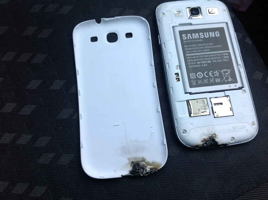 Samsung Galaxy S III burn photo