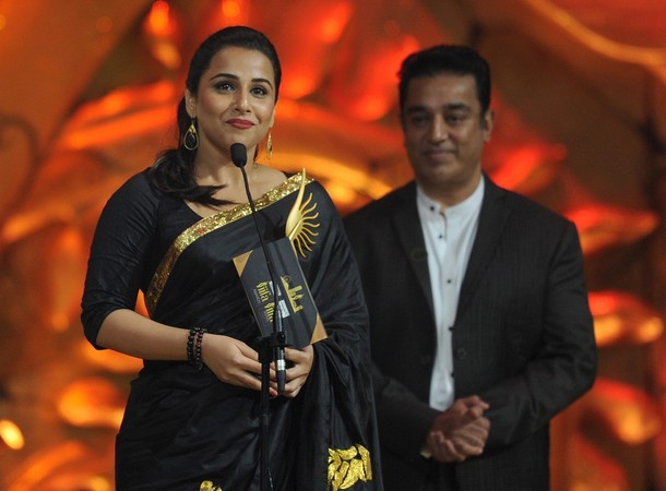 Vidya Balan awards show