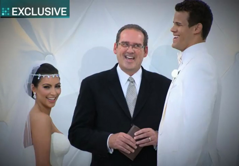 kim kardashian and kris humphries honeymoon photo